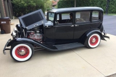 Bill and Maureen Cromling 1932 Ford 4Dr